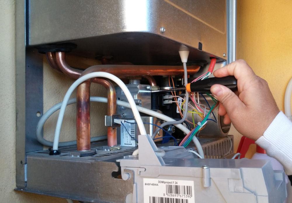 ¿Qué es la micro-acumulación en una caldera de gas?